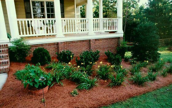 Mulch and Pine Straw – Carolina Creations RDU