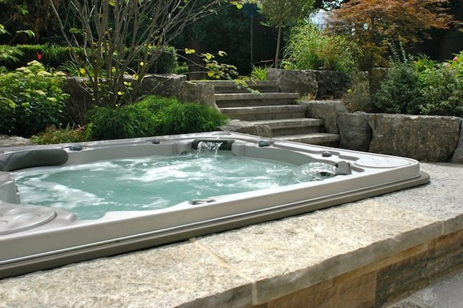 10 Biggest Reasons to Buy a Hot Tub or Spa for Christmas